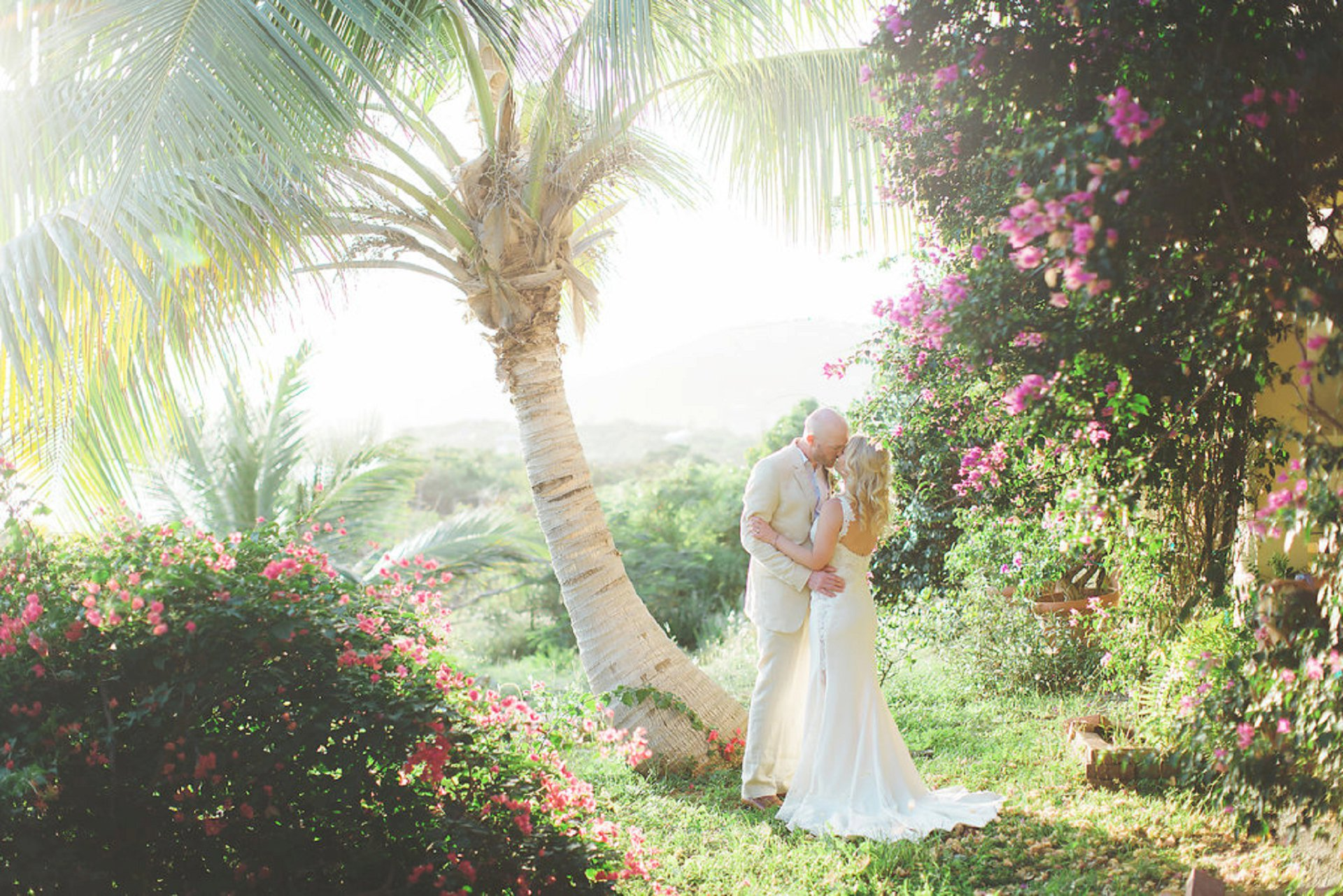 tropical-estate-wedding-venue (4)